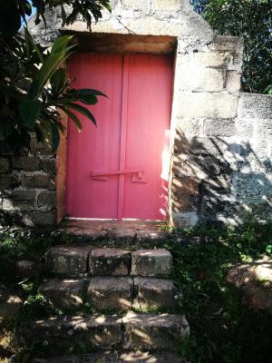 Porte tombeau 1