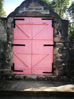 Porte tombeau 2